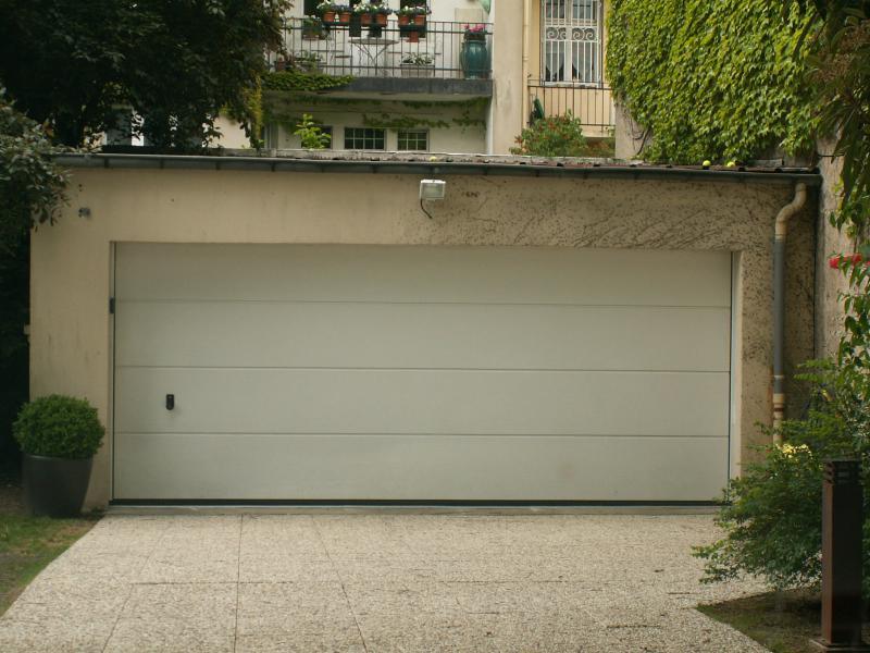 Menuiserie et miroiterie en lorraine et vosges 54 et 88 - Porte garage sectionnelle hormann ...